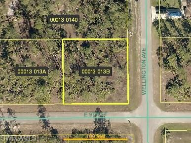 3407 E 9th St, Lehigh Acres, FL 33972