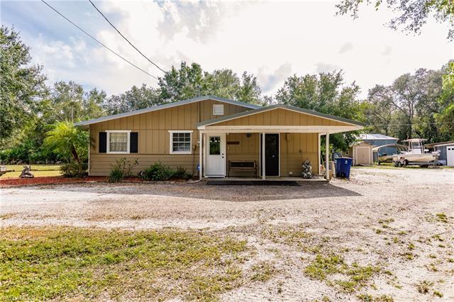 9751 W Bahia Vista Rd, North Fort Myers, FL 33917
