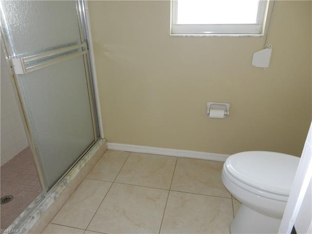 19280 Cypress View Dr, Fort Myers, FL 33967
