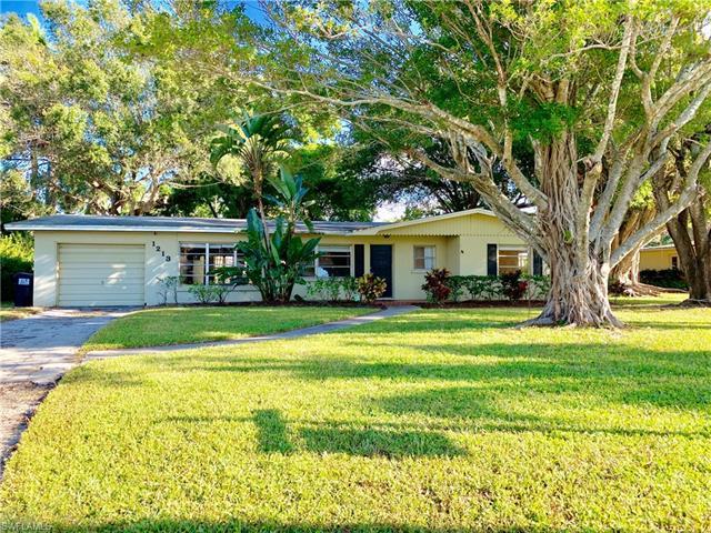 1213 Donna Dr, Fort Myers, FL 33919