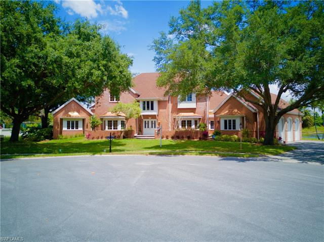 16 Baywood Ct, Fort Myers, FL 33919