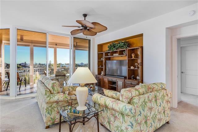 4192 Bay Beach Ln 854, Fort Myers Beach, FL 33931
