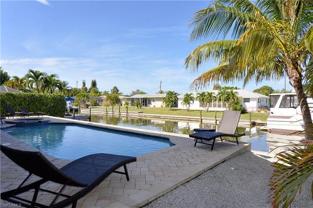 331 Jefferson Ct, Fort Myers Beach, FL 33931