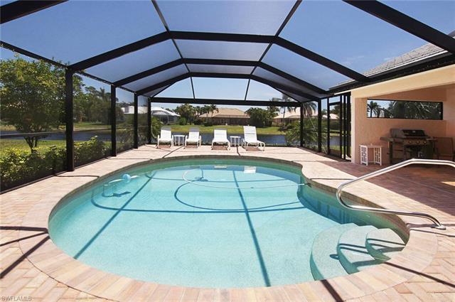 28900 Regis Ct, Bonita Springs, FL 34134