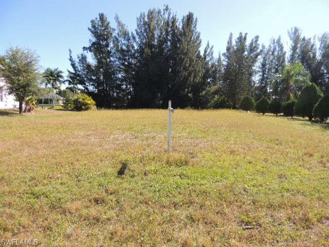 711 Sw 6th Ave, Cape Coral, FL 33991