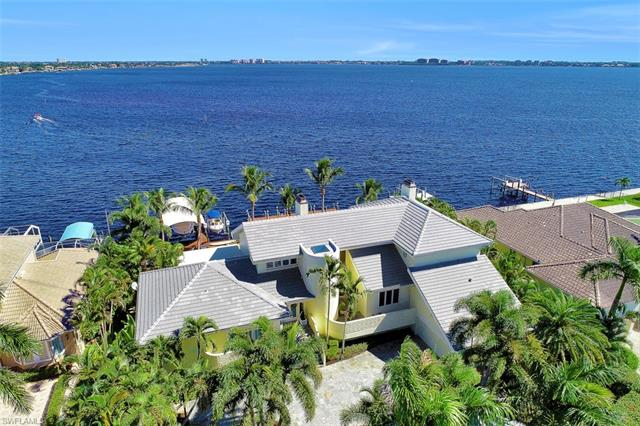 5813 Sw 1st Ave, Cape Coral, FL 33914