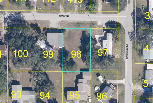 1027 Shady Ln, Moore Haven, FL 33471