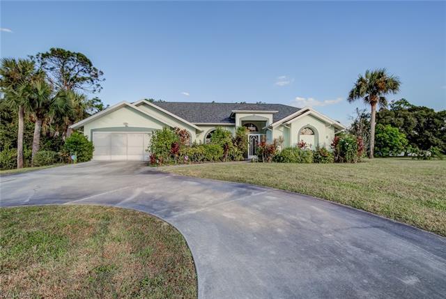 314 Mcarthur Ave, Lehigh Acres, FL 33936