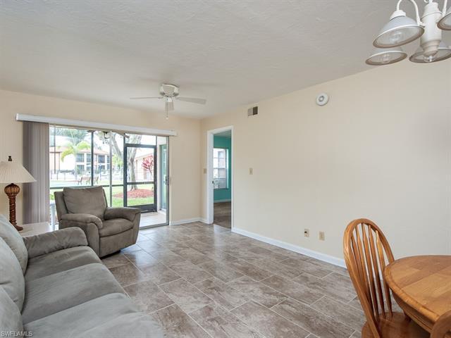 16881 Davis Rd 513, Fort Myers, FL 33908