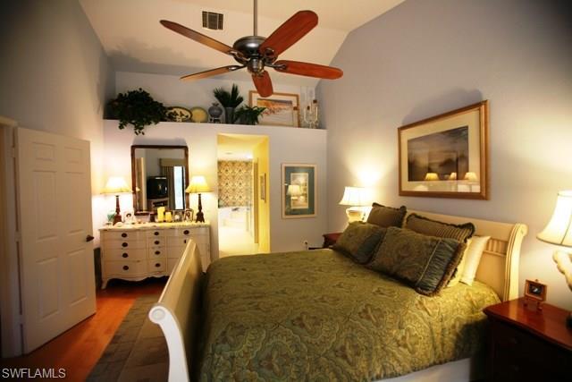 27060 Kindlewood Ln, Bonita Springs, FL 34134