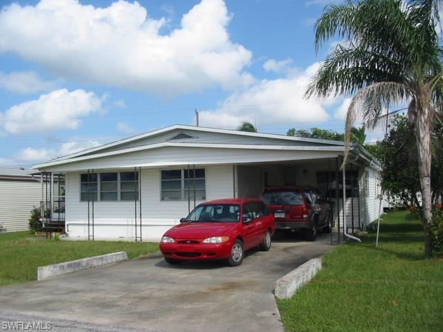 12170 Moss Dr, Fort Myers, FL 33908