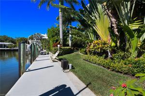 1561 San Carlos Bay Dr, Sanibel, FL 33957