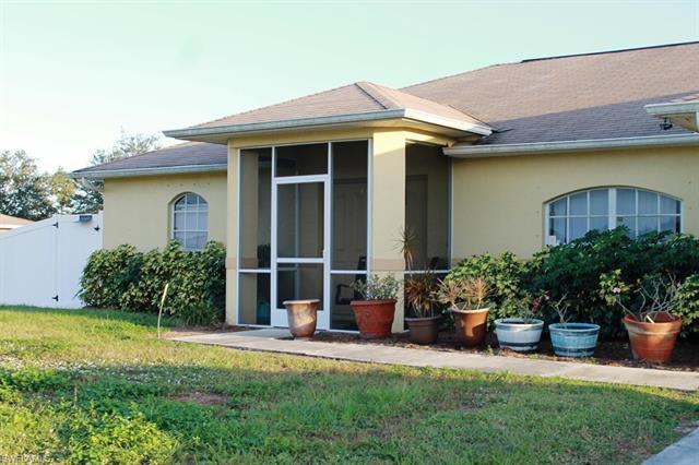 5237 Benton St, Lehigh Acres, FL 33971