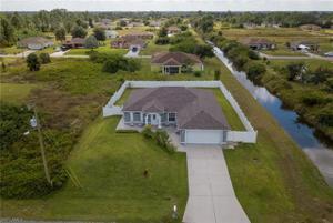 3727 1st St Sw, Lehigh Acres, FL 33976