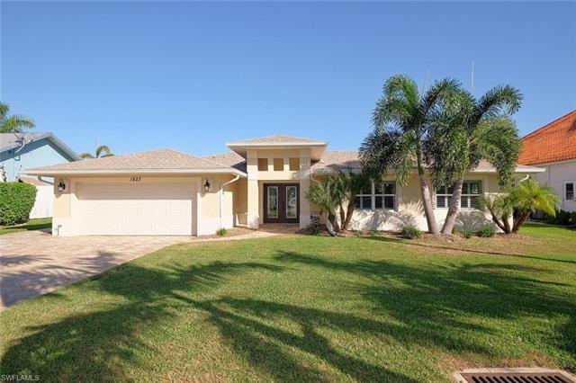 1827 Se 36th Ter, Cape Coral, FL 33904