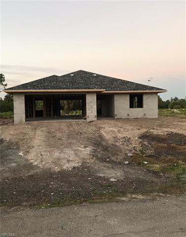 3718 Kilarney St, Fort Myers, FL 33905