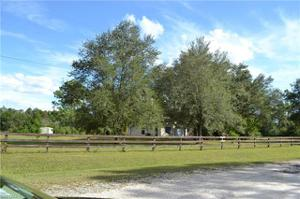 8121 Rich Rd, North Fort Myers, FL 33917