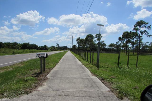 14801 Stringfellow Rd, Bokeelia, FL 33922