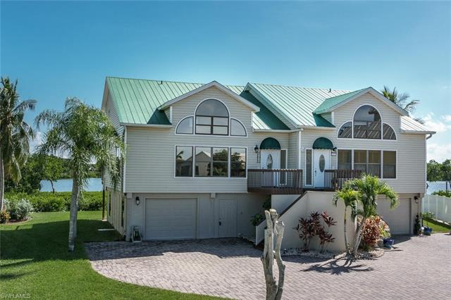 21511 Indian Bayou Dr, Fort Myers Beach, FL 33931