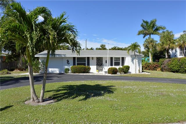 149 Sabal Dr, Fort Myers Beach, FL 33931