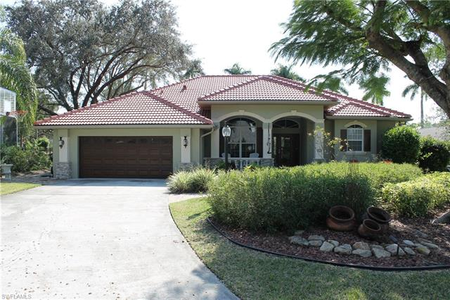1236 Walden Dr, Fort Myers, FL 33901