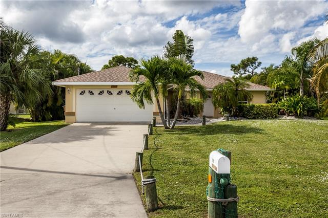3112 Sw 16th Pl, Cape Coral, FL 33914