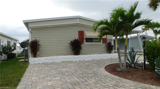 17760 Peppard Dr, Fort Myers Beach, FL 33931