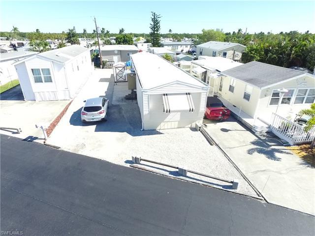 40 Helen Ln, Fort Myers Beach, FL 33931