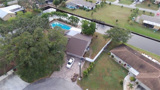 14801 Oakwood Ct, Fort Myers, FL 33905