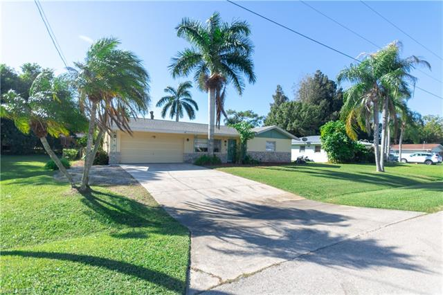 481 Grenier Dr, North Fort Myers, FL 33903