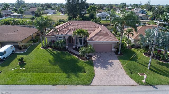 130 Se 30th Ter, Cape Coral, FL 33904