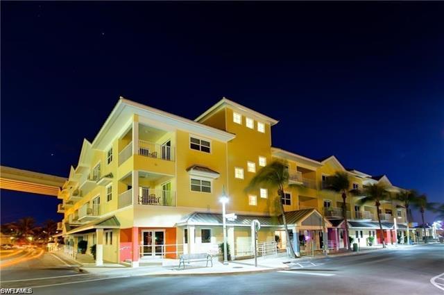 450 Old San Carlos Blvd 210, Fort Myers Beach, FL 33931