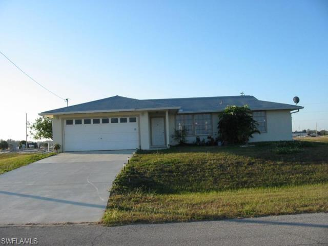2052 Nw 3rd Ter, Cape Coral, FL 33993