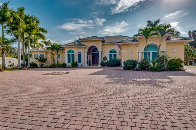 6418 Pine Cone Ct, Fort Myers, FL 33912