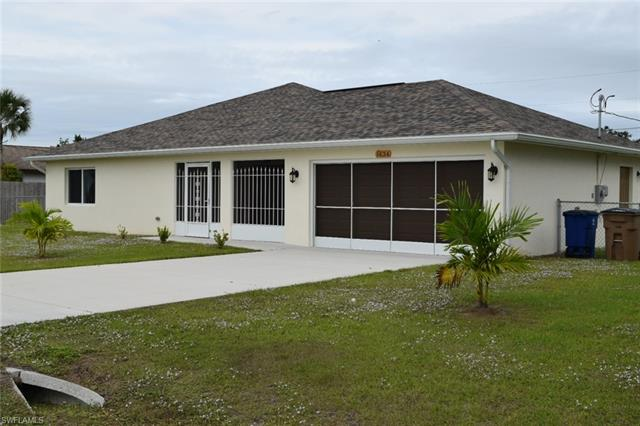1634 Country Club Pky, Lehigh Acres, FL 33936