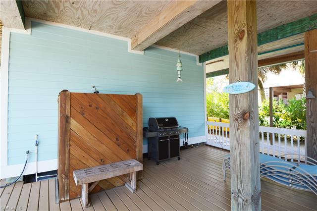 4550 Hidden Ln, Upper Captiva, FL 33924