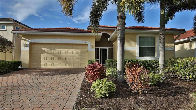 2523 Blackburn Cir, Cape Coral, FL 33991