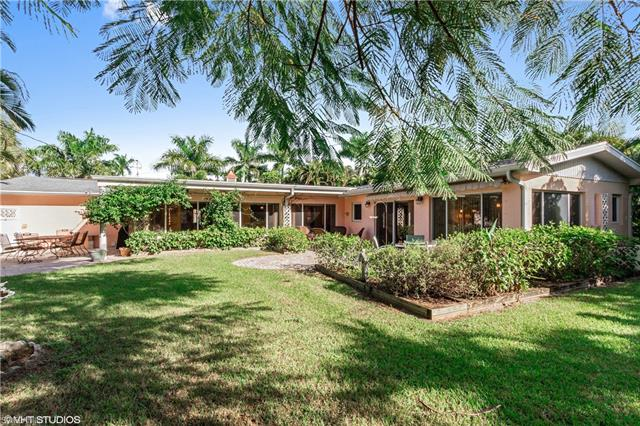 1362 Twin Palm Dr, Fort Myers, FL 33919