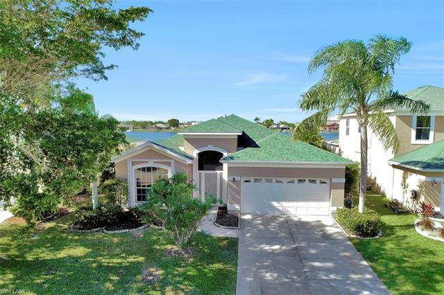 1702 Emerald Cove Dr, Cape Coral, FL 33991