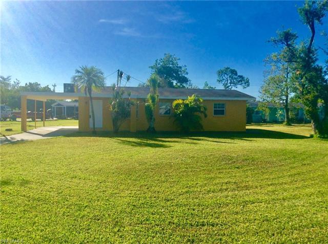 202 Davis Rd, Lehigh Acres, FL 33936