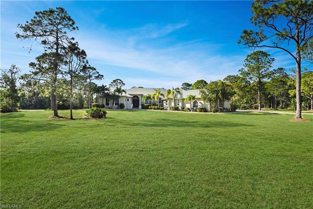 17061 Shady Grove Ln, Cape Coral, FL 33909