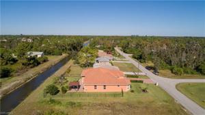 907 Anza Ave, Lehigh Acres, FL 33971