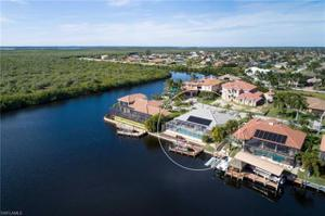 2826 Sw 43rd St, Cape Coral, FL 33914