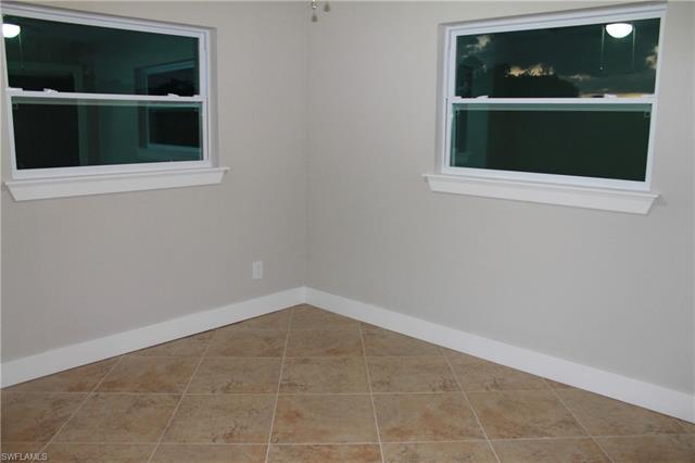 203 Redcliff Ave, Lehigh Acres, FL 33936