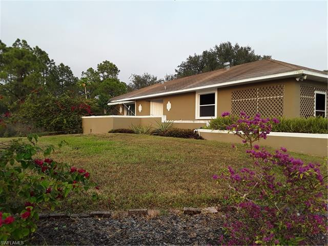 4616 28th St Sw, Lehigh Acres, FL 33973