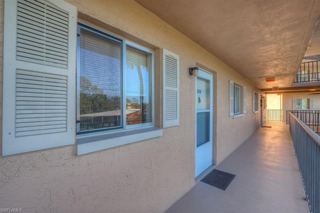 5683 Rattlesnake Hammock Rd 204 A, Naples, FL 34113