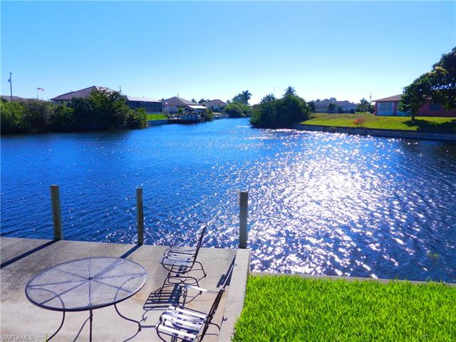 2573 Surfside Blvd, Cape Coral, FL 33914