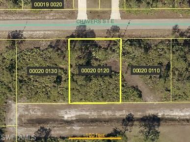 660/662 Chavers St, Lehigh Acres, FL 33974