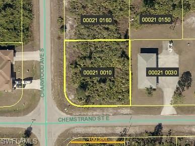 653/655 Chemstrand St E, Lehigh Acres, FL 33974