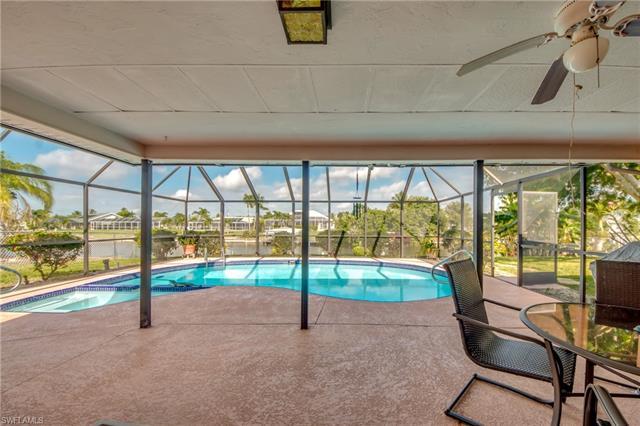 1021 Se 21st St, Cape Coral, FL 33990
